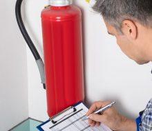 La normativa sobre mantenimiento de extintores vigente y los 10 elementos a revisar
